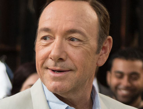 Portrait of Kevin Spacey going on show at V&A raises questions