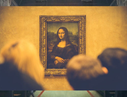 Mona Lisa returned to her usual place in the Louvre